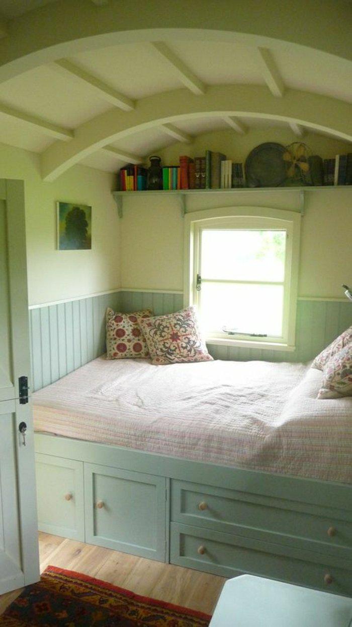 Alcove loft conversion bedroom