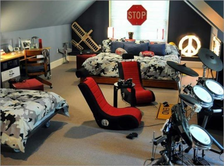 Gamers boys bedroom loft conversion