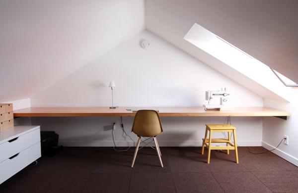 Minimal office in attic loft conversion