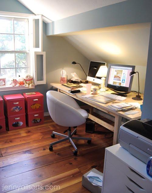 Small attic office conversion