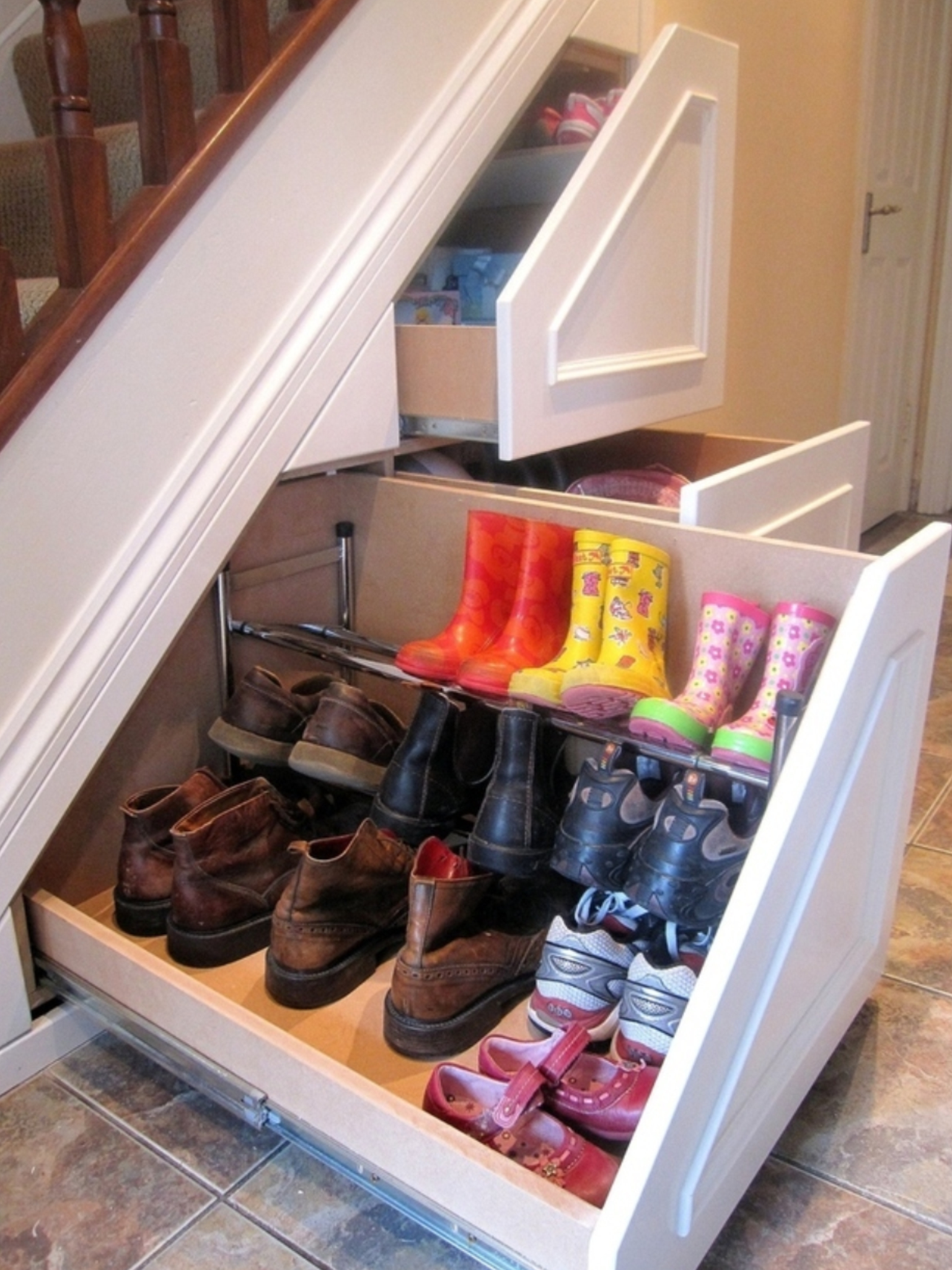 Under stair storage for shoes