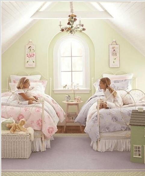 Twin girls bedroom in loft