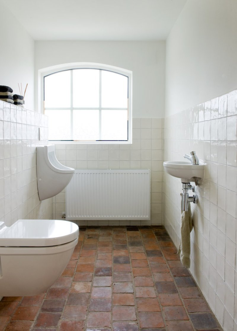 Terra Cotta floor for bathroom